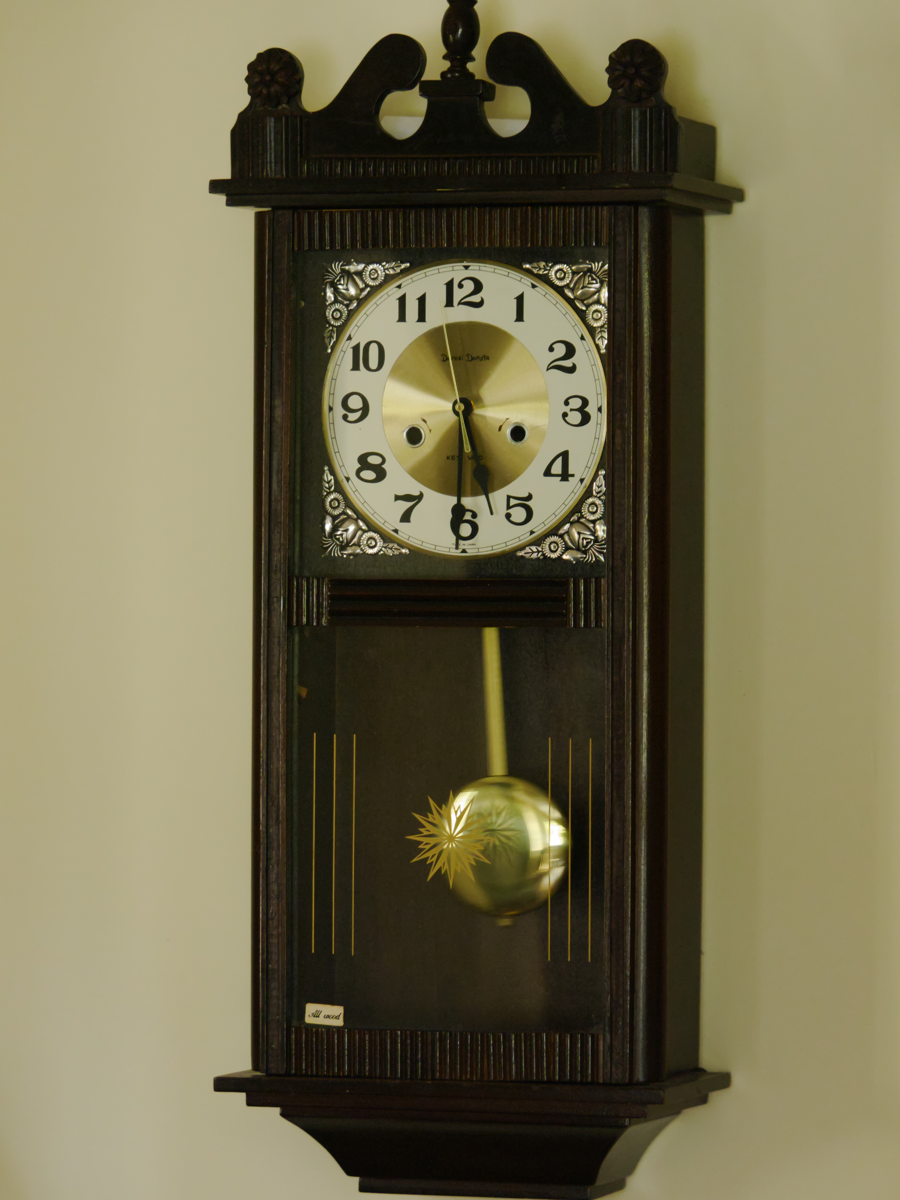 Daniel dakota wall clock antique and vintage clock collecting converted daniel dakota amipublicfo Images