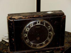 RS Blackforest mantel clock (48)