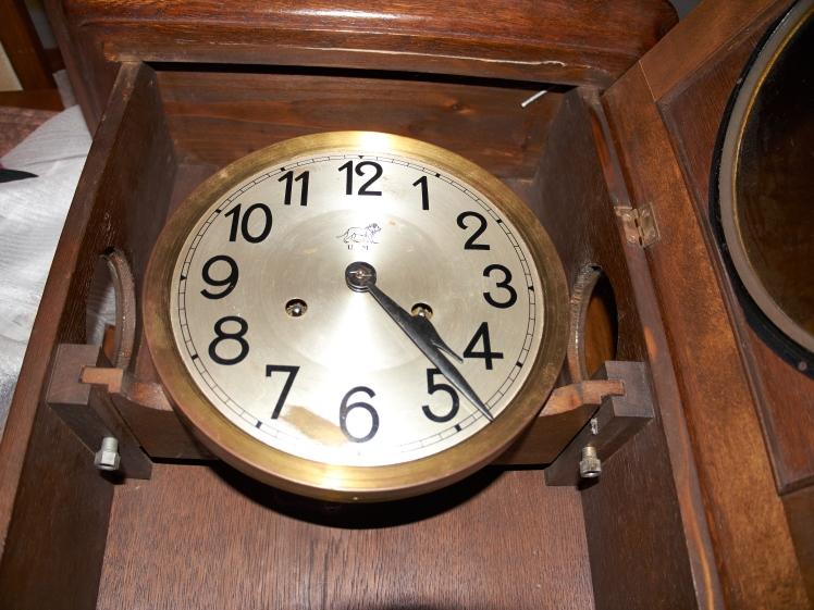 U M Muller clock (4)