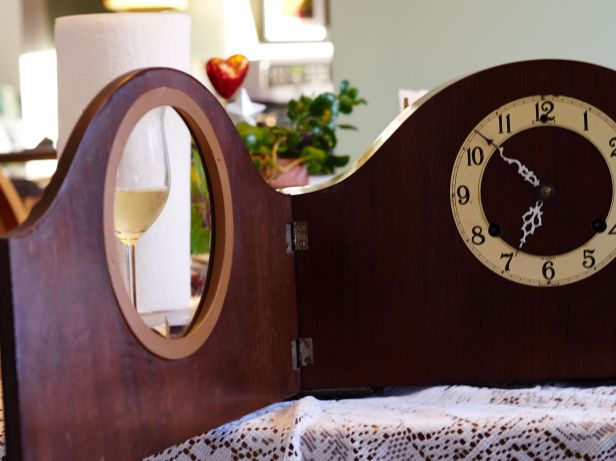 clock door