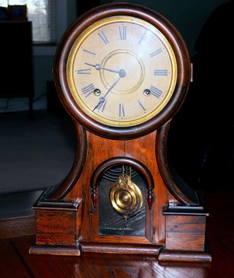 Ingraham Huron mantel clock circa 1878