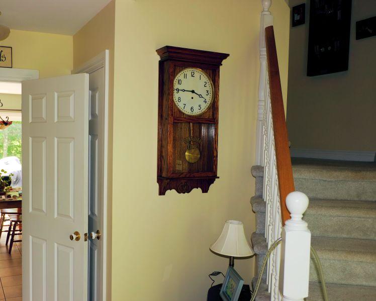 Hallway clock