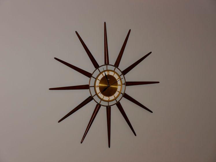 Snider clock
