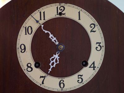 Ingersoll Waterbury clock face