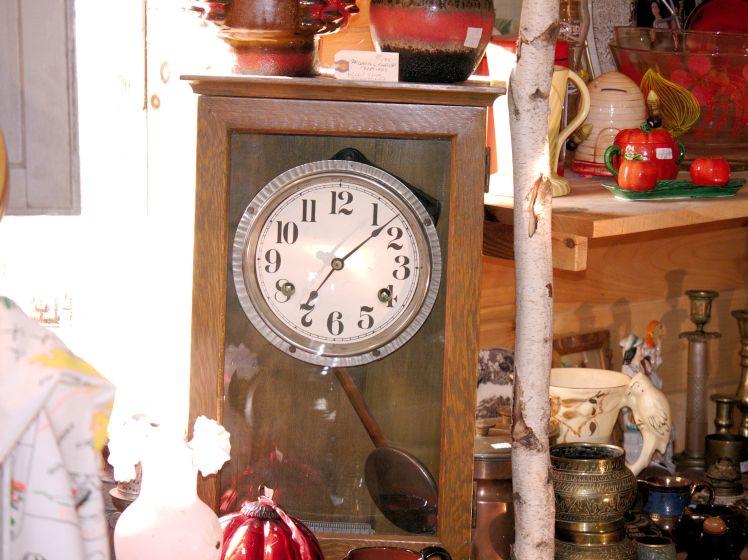 Mystery clock