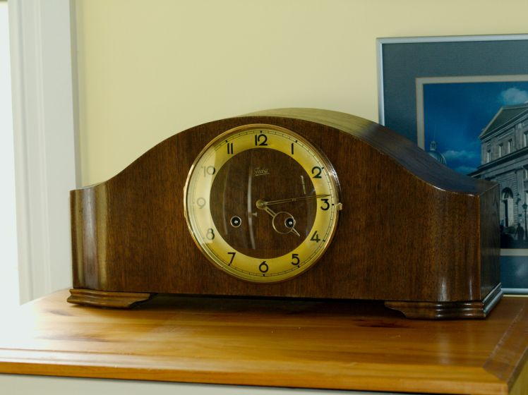 Juba bim-bam mantel clock
