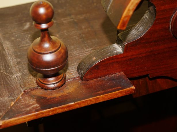 Top finial might have been larger originally
