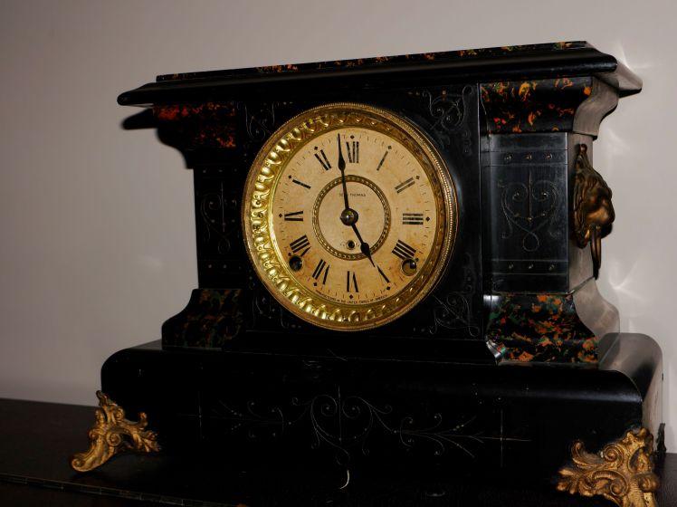 Seth Thomas Adamantine time and strike mantel clock
