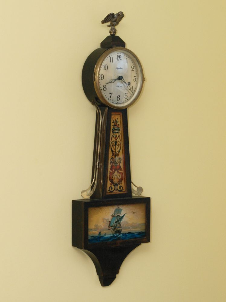 Handsome Banjo Clock