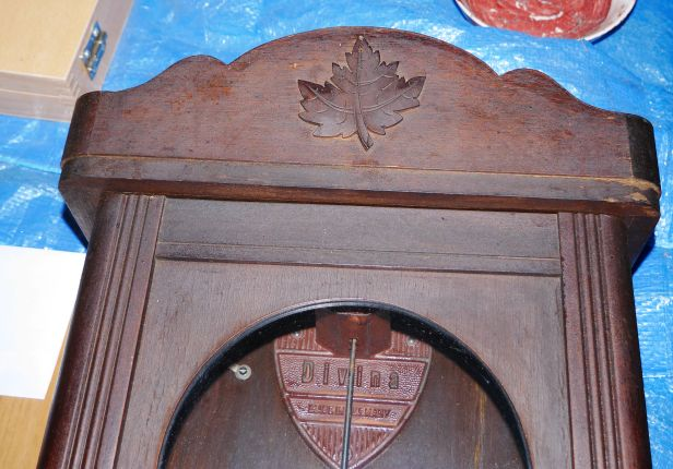 Maple leaf applique and Divina gong