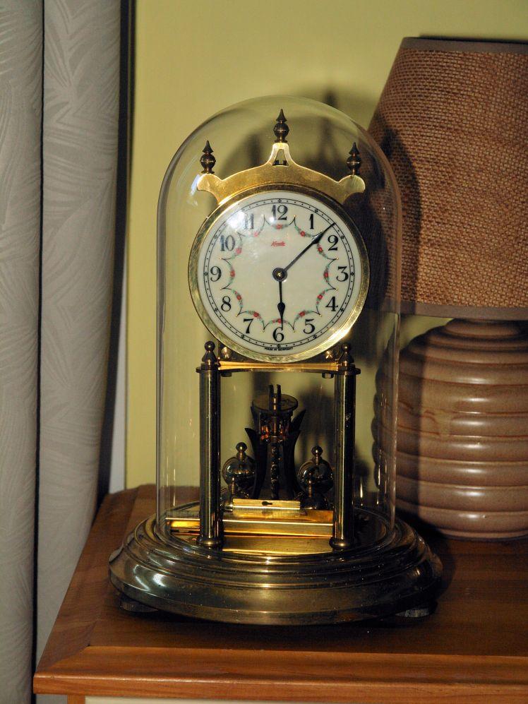 Kundo standard size 400 day clock
