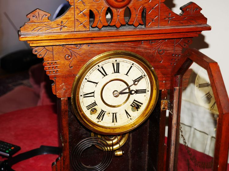 Clock face in good condition