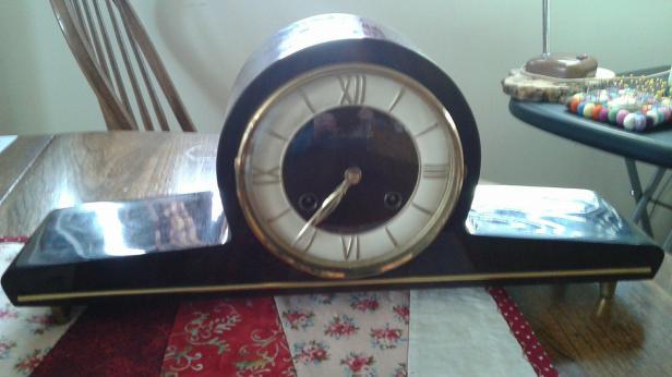 AMs Forestville clock