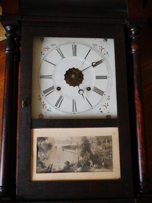 Sperry and Shaw clock showing dial and lower tablet
