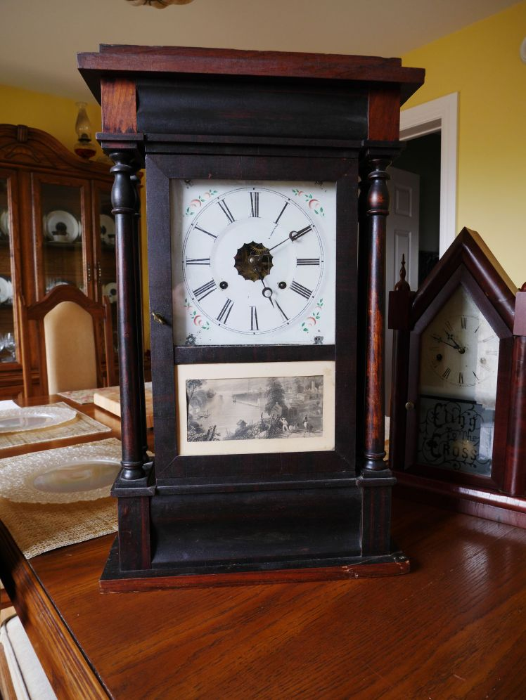 4 column Sperry and Shaw 30 hour shelf clock