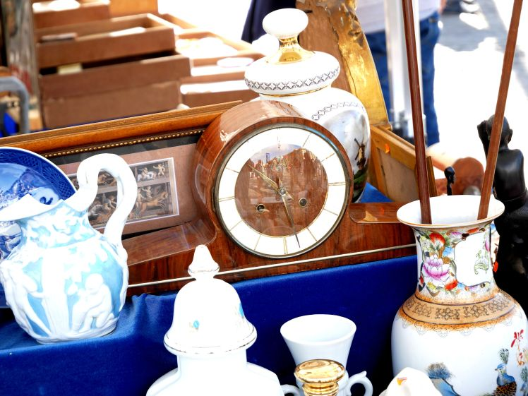 Flea market clock. Time and strike English or German clock, 1960s