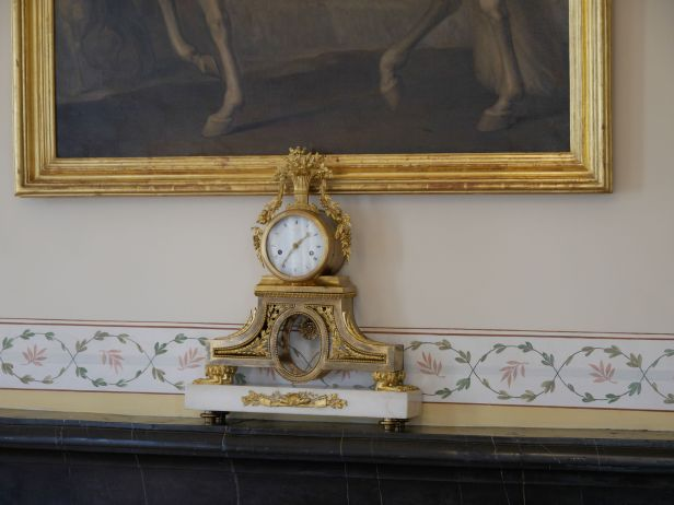 Unknown mantel clock, Tivoli Hotel, Sintra, Portugal