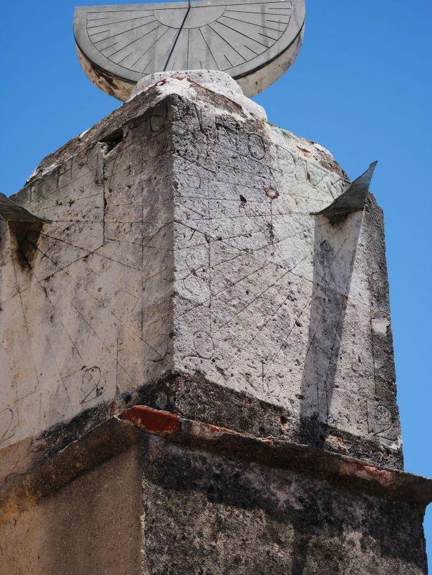 Sundial in historic district Santo Domingo