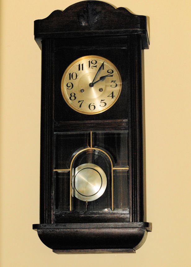 "German ""box"" clock by Mauthe"