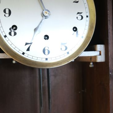 winding arbours on Vedette clock