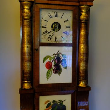Seth Thomas column and cornice shelf clock
