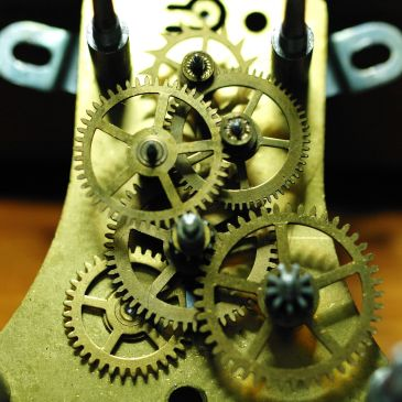 Blackforest clock movement