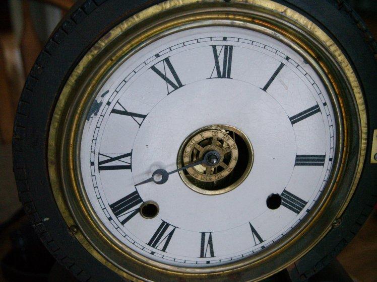 Ingraham Grecian shelf clock