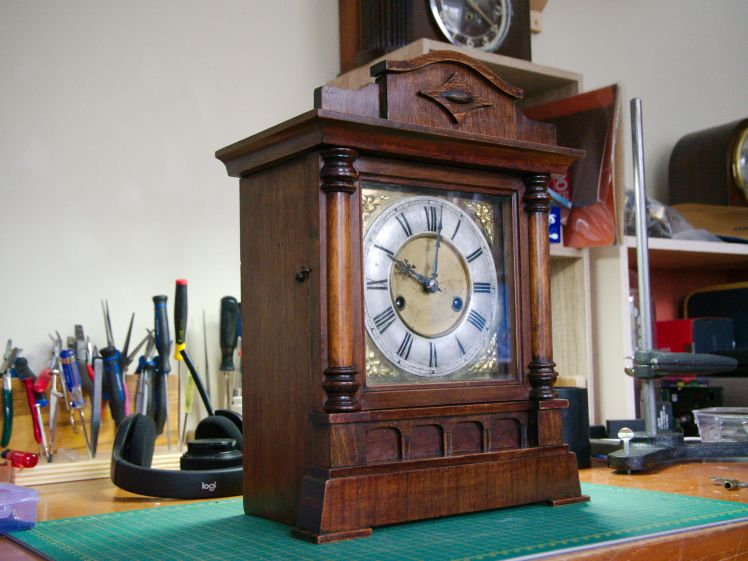HAC mantel clock
